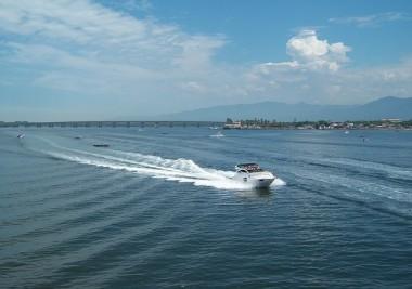 speedboat-254488_640